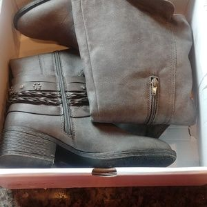 SUGAR GREY TWO TONED 7.5 BOOTS